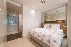 Apartamento en Las Palmas de Gran Canaria - Deluxe con vistas laterales al mar + wifi GC-10