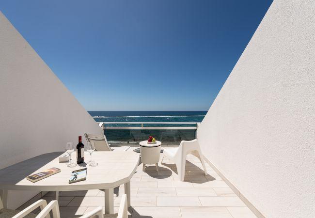 Apartamento en Las Palmas de Gran Canaria - Great terrace sea views By CanariasGetaway