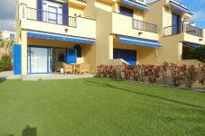 Apartamento en Maspalomas - Duplex con jardín Meloneras+wifi byCanariasgetaway