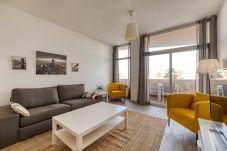 Apartamento en Las Palmas de Gran Canaria - Céntrico con vistas al mar +wifi by Canariasgetawa