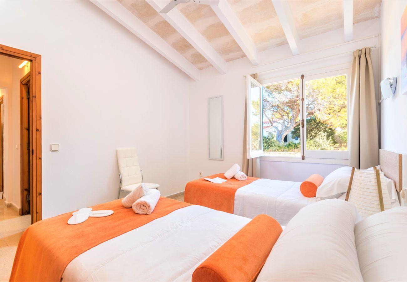Apartamento en Cala´n Blanes - Menorca-APTO G / C.BRUT