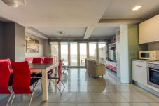 Apartamento en Las Palmas de Gran Canaria - Incredible terrace blue sea+Wifi by Canariasgetawa