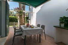 Casa adosada en Ciutadella de Menorca - Menorca Sa Casa Vermella