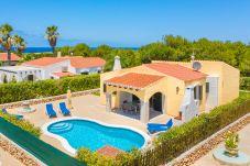 Villa en Cap d´Artruix - Menorca Luna