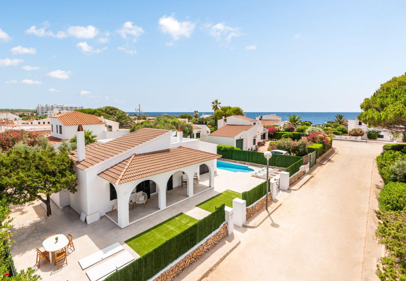 Villa en Cala´n Bosch - Menorca ROCAS